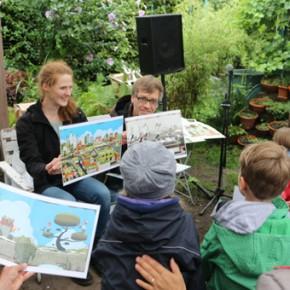 """16.8.2015 Ein Garten-Kinder-Nachmittag mit Nils Aulike und dem Bilderbuch """"Der neugierige Garten"""""""